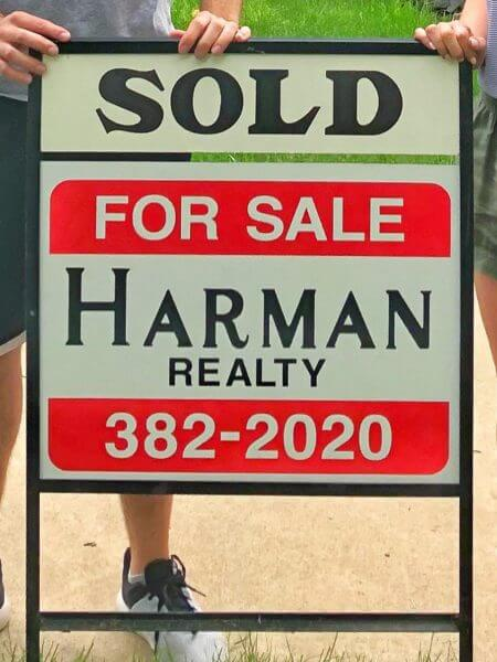 Selling a home in Decorah