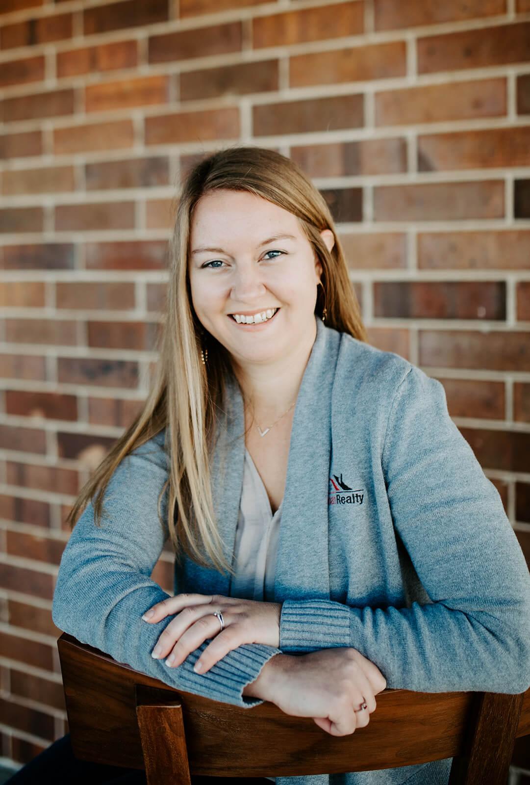 Headshot of Elise Harless